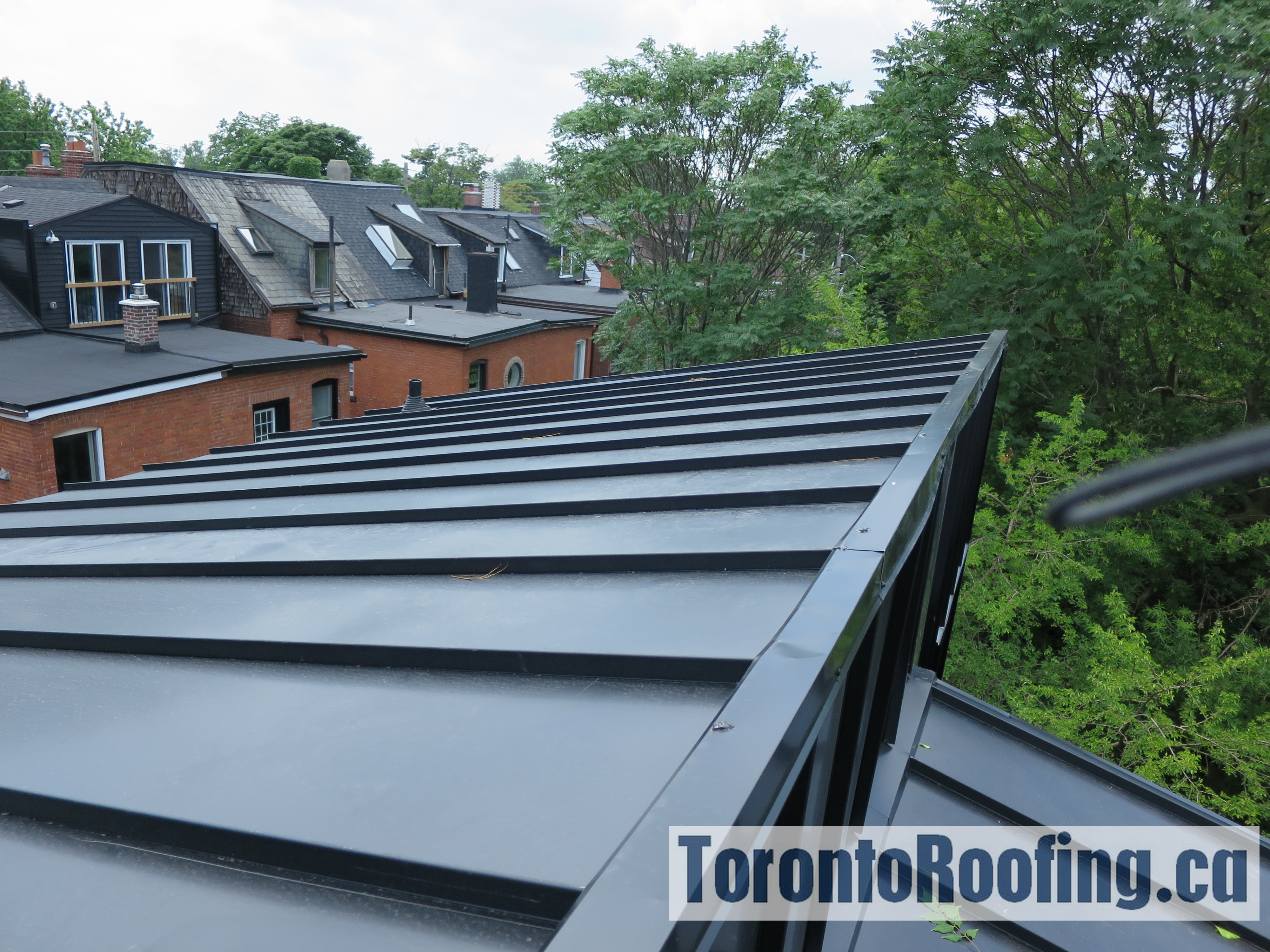 toronto-roofing-standing-seam-metal-roof-roofing-toronto-metal-roofing-roofing-contractor-3-copy